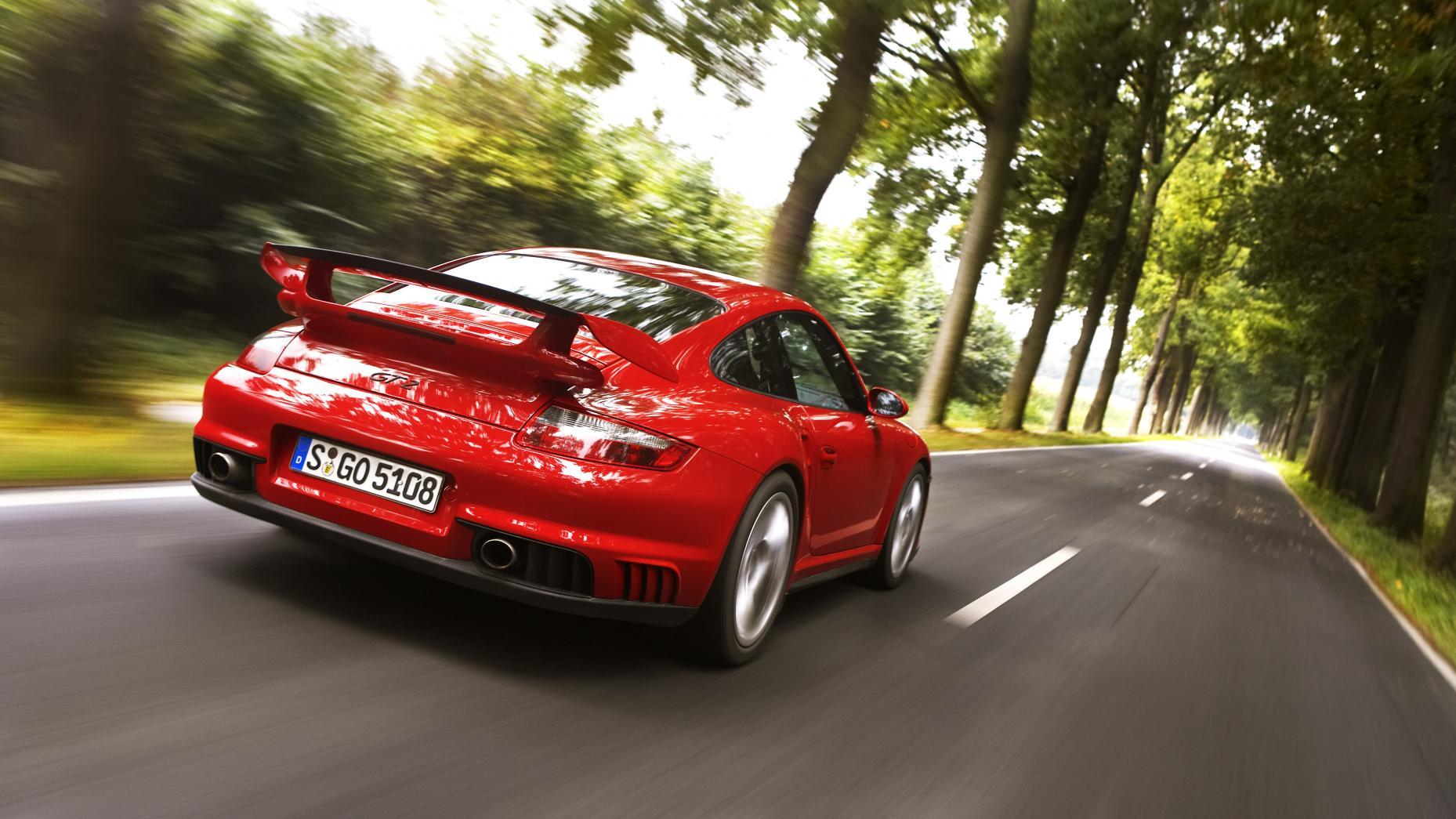 porsche 911 turbo vs 911 gt2 vs 911 gt3. Black Bedroom Furniture Sets. Home Design Ideas